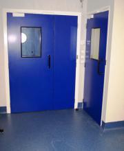 Статичная дверь с прокладкой для чистых помещений